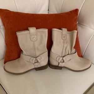 GIANNI BINI cream colored leather boots